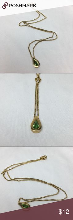 "🆕Vintage Avon Gold and Green Pendant Necklace A 1/2"" long pendant made of gold and a faceted green stone. Strung on a 20"" adjustable chain. Marked ""Avon"" at clasp as shown. In excellent vintage condition. Vintage Jewelry Necklaces"
