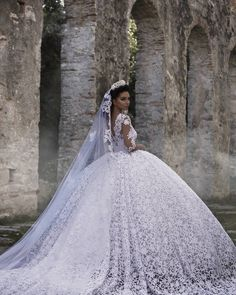 "Hair & makeup artist  Designer of the brand    ""Frida xhoi & xhei"" Worldwide Shipping Whatsapp +355692056399 Parukeria✂+355692049919"