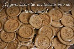 Sealing wax medallions in gold color       http://www.albcaligrafia.com/esp/servicios-de-lacrado.php