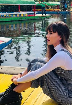 Aitana 😍 Collage Background, Urban Photography, Photo Poses, Celebs, Photoshoot, People, Pictures, Beautiful, Singers