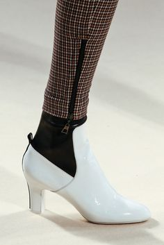 Louis Vuitton Fall 2014 Ready-to-Wear Fashion Show Details