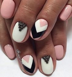 Beautiful nails 2017, Evening nails, Festive nails, Graduation nails, Nail art stripes, Nails by striped dress, Nails ideas 2017, Nails with stones