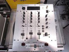 Mixer Dj Behringer DX626 EX Demo.