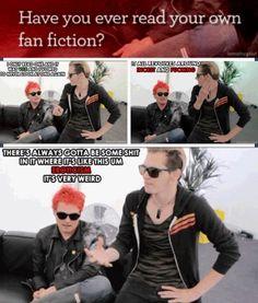 Mikey & Gerard Way | :) haha
