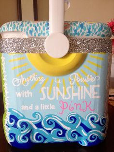 Such a cute cooler idea! Spring break maybe? Diy Cooler, Coolest Cooler, Beach Cooler, I Cool, Cool Stuff, Craft Projects, Projects To Try, Craft Ideas, Diy And Crafts