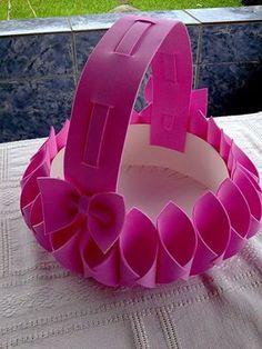Risultati immagini per cesta em eva para bebe Foam Sheet Crafts, Foam Crafts, Diy And Crafts, Crafts For Kids, Arts And Crafts, Art N Craft, Craft Work, Foam Sheets, Easy Craft Projects
