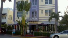 Hotel Shelley: Featuring a historical design with a modern twist, this hotel is a true delight. Built in 1936, it has been updated with Deco-style furnishings and full marble bathrooms. #Miami #Hotels