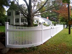 Curved Cape Cod Fence