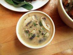 Vegan Mushroom Gravy - ilovevegan.com
