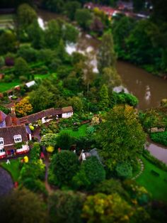 Minimize Your Life with Tilt Shift Photography