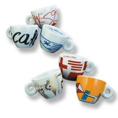 illy espresso art collection tassen 2000 Minimalia by Mimmo Paladino 6 illy art collection cups,saucers,signed,nr,book and in orginal illy box Espresso Cups, Cup And Saucer, Mugs, Tableware, Collection, Design, Book, Artist, Beautiful