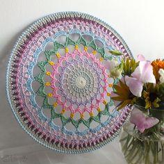 Crocheted Mandala Made in Finland by Stjarnkraft on Etsy Mandala Au Crochet, Crochet Doilies, Crochet Lace, Crochet Round, Cute Crochet, Beautiful Crochet, Dreamcatcher Crochet, Diy Dream Catcher Tutorial, Dream Catcher Decor