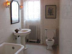 bathroom Toilet, Castle, Bathroom, Washroom, Flush Toilet, Bath Room, Toilets, Bath, Bathrooms