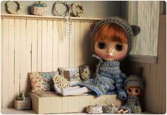 Petite Blythe knits!