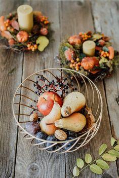 Fructele de sezon sunt acele gustări delicioase care își găsesc mereu locul în fructiera ta preferată. #fructiera #platou pentru fructe