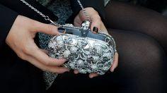 Amazing skull clutch :}}    *eu vi lá na LE LILI do shopping beira mar! estou aceitando doações*