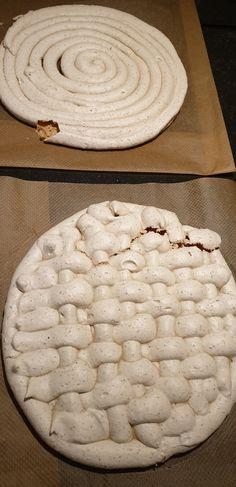 Hazelnootschuimtaart – Ingridzijkookt Mocca, Bakery, Pie, Sweets, Desserts, Pavlova, Meringue, Food, Torte