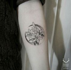 Pontilhismo: Bem delicado, uma tatuagem trabalhosa que exige técnica por parte do tatuador. Linda!