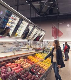 carlo ratti's future food district at expo 2015 contains a digital supermarket