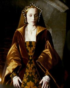 "Kristen Scott Thomas as Elizabeth Boleyn-Elizabeth Boleyn, the mother of Anne, Mary, and George, was buried at St. Mary's Church in Lambeth. John Husee wrote to Lady Lisle:""My Lady of Wiltshire was buried at Lambeth on the 7th. My Lord Comptroller was chief mourner for the men and Lady Dawbny of the women. She was conveyed from a house beside Baynard Castle by barge to Lambeth with torches burning and four baneys set on all quarters of the barge which was covered with black and a white cross."""