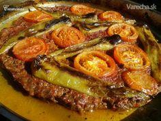 Tepsi kebab (fotorecept) - Recept Kebab, Ale, Recipes, Gardening, Drink, Box Lunches, Soda, Ale Beer, Food Recipes