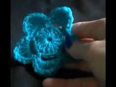 Crochet a flower Tutorial