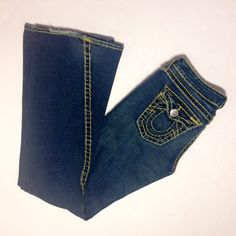 Hardly worn true religion jeans  Only worn once or twice !  A great and flattering pair of jeans! True Religion Jeans
