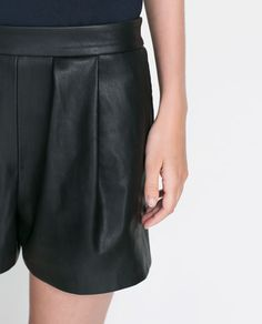 Image 6 of FAUX LEATHER BERMUDA from Zara