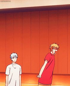 mine:graphics kuroko no basuke kuroko no basket Kuroko Tetsuya Aomine Daiki Kise Ryouta knb mine:knb aomine just casually walks up to them and hits kise in the head with a basketball and kuroko slides out of the way without showing any reaction these three are an amazing trio lmfao i love them ((i just woke up so ya extremely late gifs pfft))