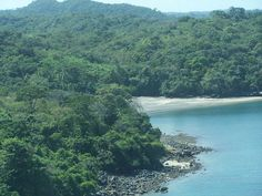 Discover the wonders of Panama and contact us to find a good deal.