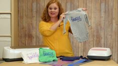 Your E-Organization - Employ An Accountant Or Do It Yourself Craftey Color Chimp: Diy Adorable Baby Onesies Using Color Chimp Heat Transfer Vinyl Baby Shower Gifts To Make, Diy Baby Gifts, Baby Crafts, General Crafts, Homemade Baby, Baby Knitting Patterns, Heat Transfer Vinyl, Cute Babies, Onesies
