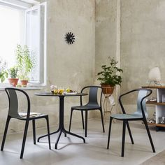 nice corner design with a small table and vitra chairs #belleville #design #vitra #silvera #silveradesign #silveraeshop