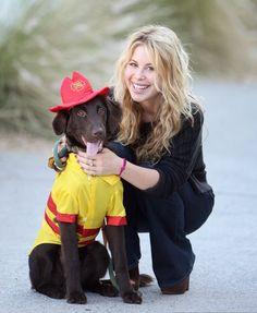 Tara Lipinski w/ a cute dog