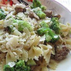 Spaghetti with Broccoli and Chicken Recipe #myplate (used farfalle pasta and chicken sausage in place of spaghetti and chicken breasts)