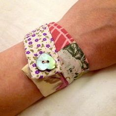 Patchwork Fabric Frienship Bracelet · How To Make A Fabric Cuff · Sewing on Cut Out + Keep Fabric Bracelets, Fabric Jewelry, Diy Jewelry, Denim Bracelet, Plastic Jewelry, Patchwork Fabric, Fabric Scraps, Scrap Fabric, Sewing Crafts