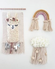 😻Big size *Alpaca wallhanging is now avaliable. Only 2 avaliable 😍😍😘 . Alpacas, Tapestry Weaving, Loom Weaving, Wall Tapestry, Hand Weaving, Weaving Projects, Craft Projects, Baby Shop, Yarn Crafts