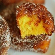 As a yummy treat or adding that special something to a meal, this recipe for Pumpkin Fritters is ideal. Baked Pumpkin, Pumpkin Recipes, My Recipes, Sweet Recipes, Favorite Recipes, Oven Recipes, Yummy Treats, Delicious Desserts, Sweet Treats