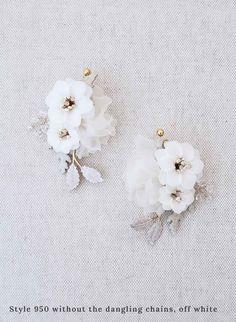 Pearl Wood Fan-Shaped Ladies Earrings Gold Small Fresh Flower Earrings