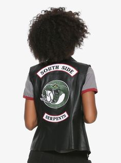 94f7e4b5 Get the latest Riverdale accessories to show off your Archie fandom, and  shop OFFICIAL Riverdale t-shirts, varsity jackets and Jughead beanie at Hot  ...