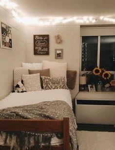 College Bedroom Decor, College Dorm Rooms, Room Decor Bedroom, Bedroom Ideas, Bedroom Storage, Bedroom Small, Teen Bedroom, Ucf Dorm, Dorms Decor