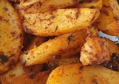 Photo from step 5 of the recipe Roasted potatoes in the pan 🍳 potato al horno asadas fritas recetas diet diet plan diet recipes recipes Easy Healthy Recipes, Diet Recipes, How To Make Jam, Roasted Potatoes, Food Videos, Hot, Delish, Baking, Breakfast
