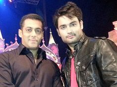 Vivian Dsena and Salman's surprise act for Colors' Golden Petal Awards!