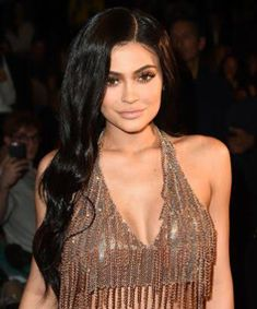 Snapchat Looses $1.3billion After Kylie Jenner Posted On Twitter That She Doesn't Use The App Again (Photo) #Entertainment