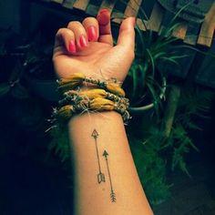 Arrow tattoo on the wrist: my latest tattoo si!- Pfeil Tattoo am Handgelenk: mein neuestes Tattoo si! – Pfeil Tattoo am Handgele… Arrow wrist tattoo: my latest tattoo si! – Arrow tattoo on the wrist: my latest tattoo si! Arrow Tattoos For Women, Small Arrow Tattoos, Dragon Tattoo For Women, Small Tattoos, Tiny Tattoo, Arrow Tattoo On Wrist, Meaning Of Arrow Tattoo, Arrow Tattoo Design, Arm Tattoo
