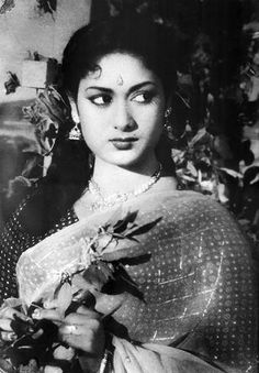 One of beautiful expression of nauty with romantic Cinema Actress, Indian Film Actress, Indian Actresses, Hindi Old Songs, Asian Photography, Picture Movie, India Beauty, Indian Art, Bollywood Actress