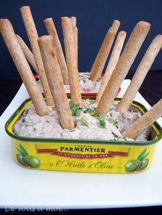 Sardines mousse and breadcrumbs ★★★★★★★★★★★★★★★ Simple, and popular.Regard yourself with this cheese sardine mousse . Seafood Appetizers, Seafood Recipes, Antipasta, Cooking Time, Cooking Recipes, Brunch Party, Party Party, Snacks Für Party, Finger Foods