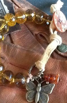 BuTTeRFly BoHo BRaCeLeT/ AmBeR Pebbles/ knotted Boho/ by Ivanwerks