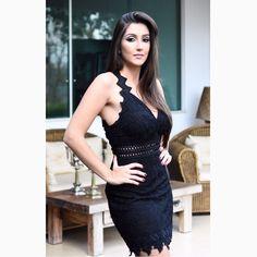 Mata o papai de ciúmes e as inimigas de inveja também. Porque hoje eu quero CAUSAR com 'dress' poderoso simmmm!!!#reginasalomao #SummerVibesRS #SS17 #momentoRS