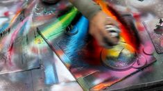Technically perfect spray painting in Rome, Italy - HD720p This is mind blowing...I don't know even know...