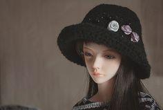 Elegant hat for SD BJD by ThreeMice on Etsy
